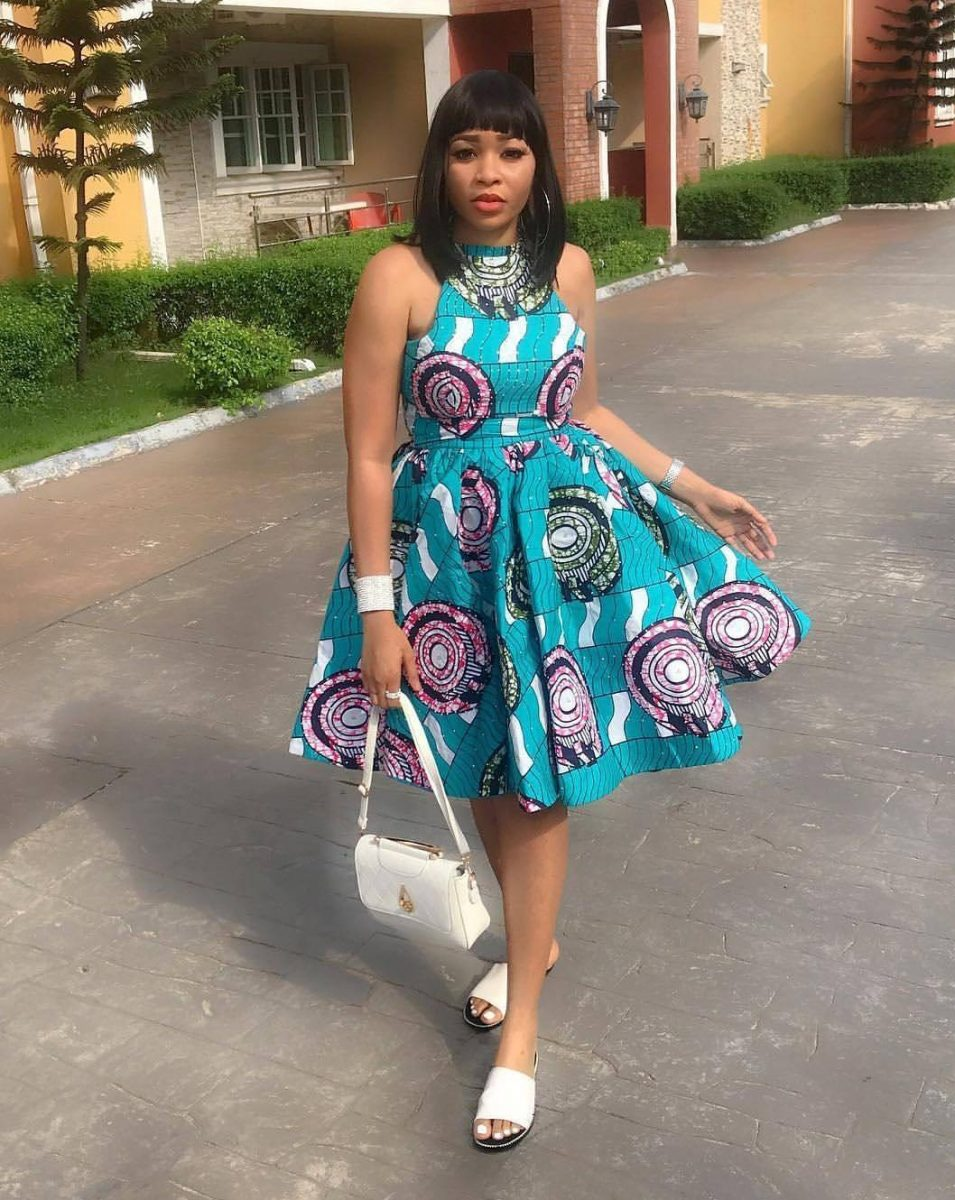 Beautiful easy breeze Ankara short gown