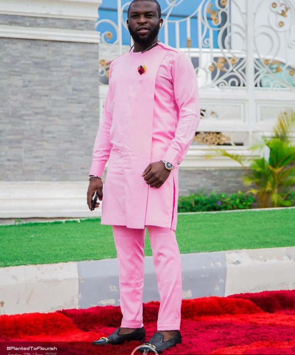 Latest Native Styles For Men, latest native styles for guys 2018, natives styles for men, latest native styles for guys 2019, nigerian fashion style for men, native wear for guys, male style for native, native wears in Nigeria, nigerian men native design