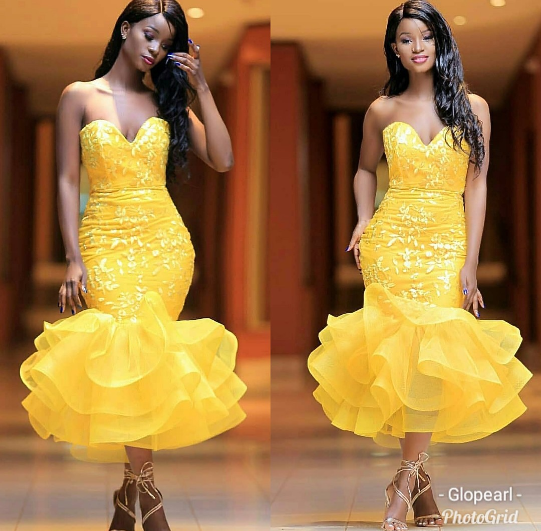 Lace Short Gown Styles The Stylish Stork